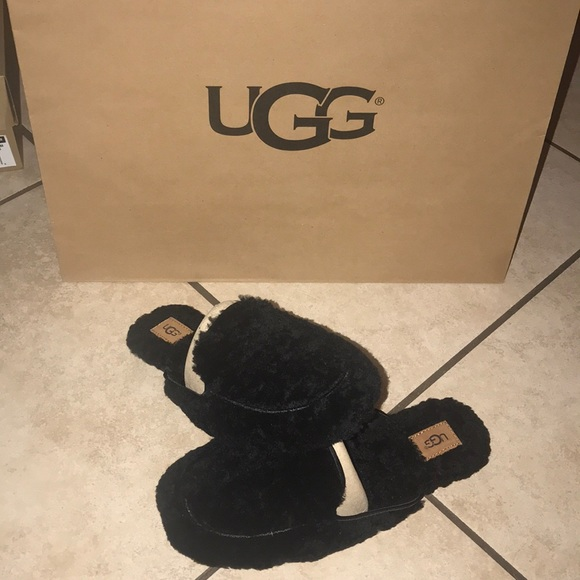 237f9f054ce WOMENS UGG Lane Fluff Loafer Black NWT